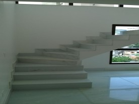 Floor and Stair - White Marble - Belo Horizonte/MG